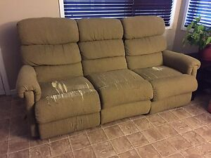 Sofa layzboy a donner/Lauzboy sofa to give away