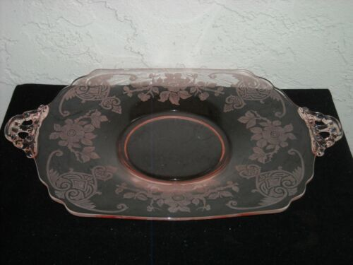Cambridge Apple Blossom Handled Sandwich Plate Tray  Pink