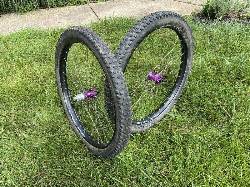 27.5/+ Wheelset Hope Pro 4 Stan's Major S1 Sapim Bont XR4 2.6/2.4