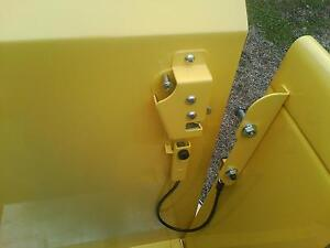 New Hidden Latch Kit for all trucks originally equipped w/ tailgate chains