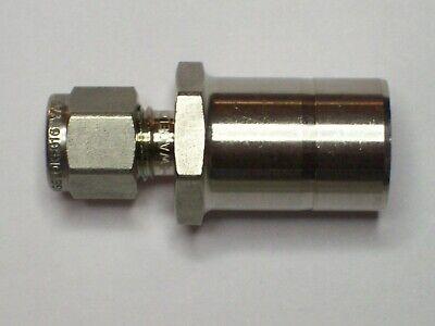 1 - Swagelok Stainless Steel Tube Reducer 14 Tube X 34 Tube Ss-400-r-12