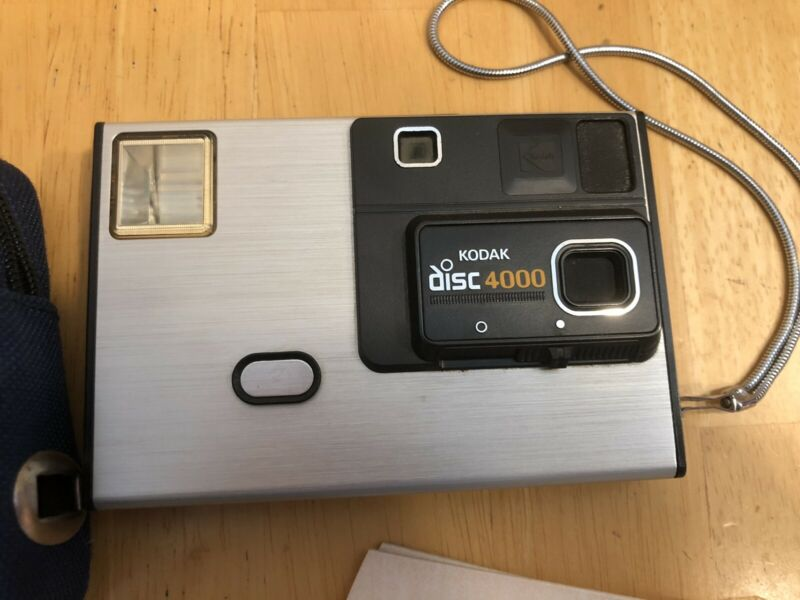 Kodak disc 4000 Film Camera With One Disc And Bag