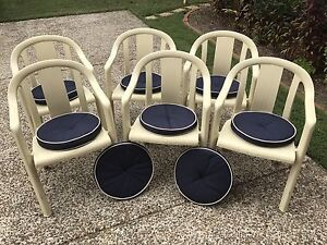 Plastic chairs (6) cream with 8 cushions Australia Day party Redcliffe Redcliffe Area Preview