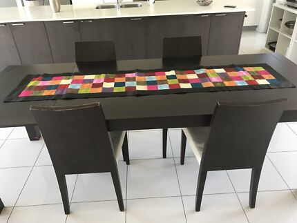 Extendable Solid Wood Table 4 Chairs