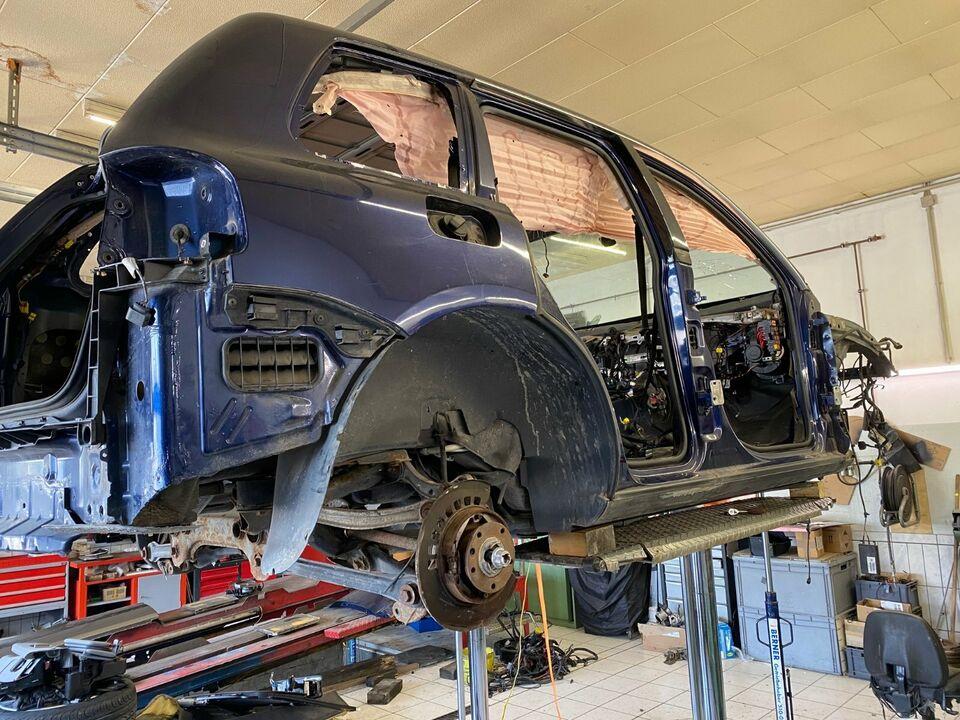 VW Touareg Karosse Blau Metallic 2007 in Brandenburg - Bad Freienwalde