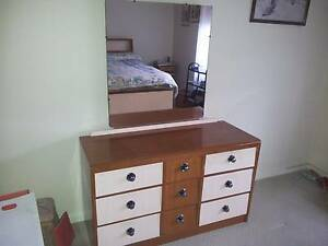 Bedroom dressing table with mirror Lockleys West Torrens Area Preview