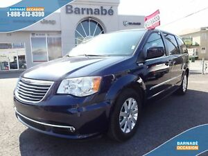 Chrysler Town & Country TOURING + DVD + TOIT OUVRANT + GPS