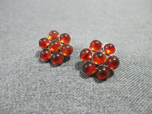 Vintage amber color plastic cabs silvertone metal flower clip on earrings