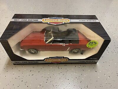 ERTL 1964 1/2 Ford Mustang 1/12 New Scale Die-cast model car American Muscle