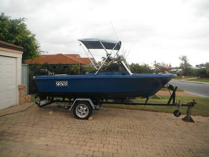 Haines 17ft Speed Boat