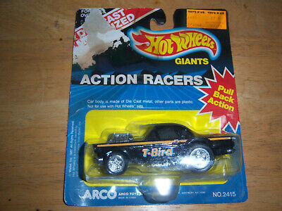 Hot Wheels Giants Action Racers - Black T-Bird