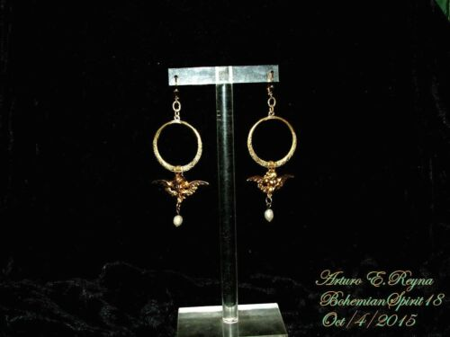 Arturo E.Reyna VINTAGE ETCHED BRASS CHERUB NATURAL PEARL CHARMS HOOP EARRINGS