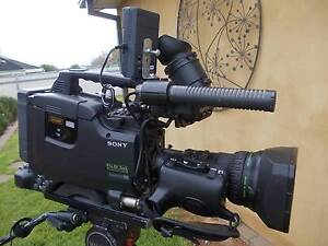 Sony DSR450 DVCam broadcast camera with extras Young Young Area Preview