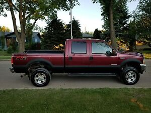 2004 Lifted Ford F-350 Lariat FX4 Diesel $5800