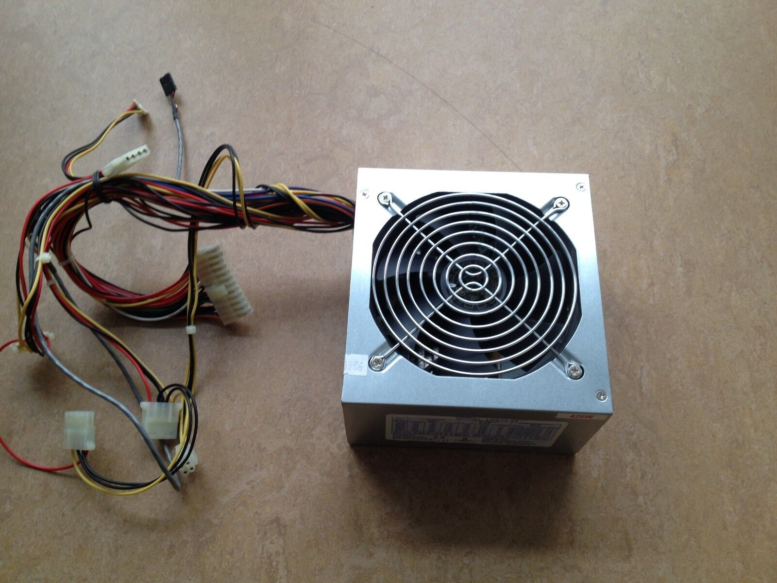 pc voeding 420w 24 pin