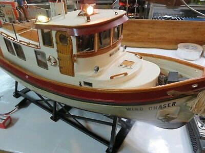 Dumas Victory Tug Boat 1225, Finished Interior, Working Lights, Anchor, Radio.