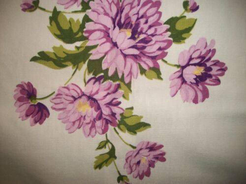 Vintage Wilendur Chrysanthemum Lavender Tablecloth