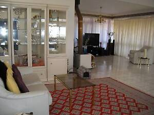 PRESTIGE SHARE HOUSE, 2 Min drive FLINDERS UNI-MED & MARION MALL Flagstaff Hill Morphett Vale Area Preview
