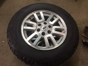 255/70R18 set of 4 all season on rims came off 08 Expedition