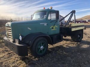 1952  I H  FWD  tow truck army front end