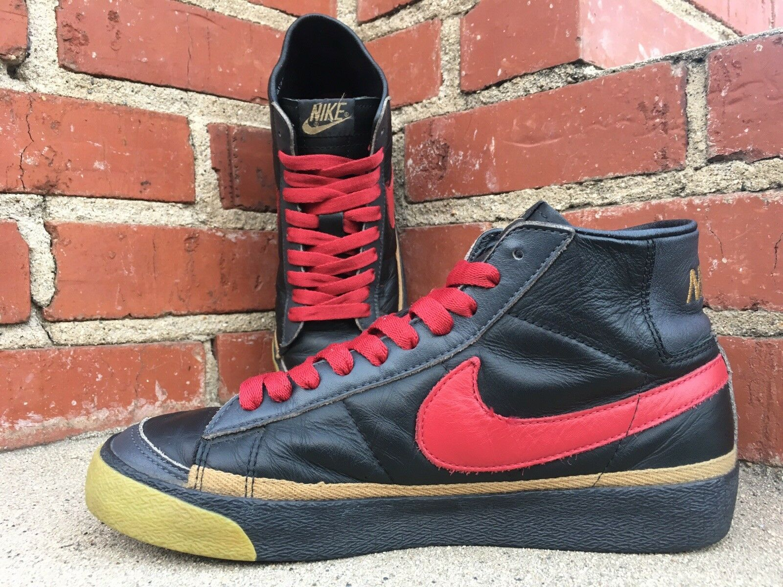 newest 03503 93d38 ... discount code for 2003 nike dunk blazer zoo york mid sneaker. style  306800 061.