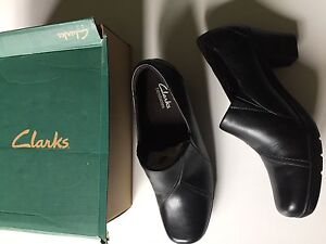 NEW clarks brand shoes