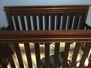 Billy 4 way Convertible Crib, Change table and mattress