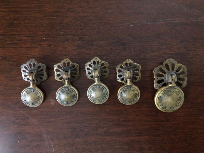 4 + 1 Antique Drawer Pulls Dresser Cabinet Door Knobs Brass Vtg Salvage rosette