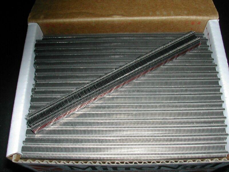 """MitreNail Mini 1/4"""" Corrugated Fasteners"""