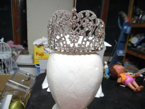 """Vintage heavy rhinestone pageant tiara  flower pattern with combs -3½"""" high"""