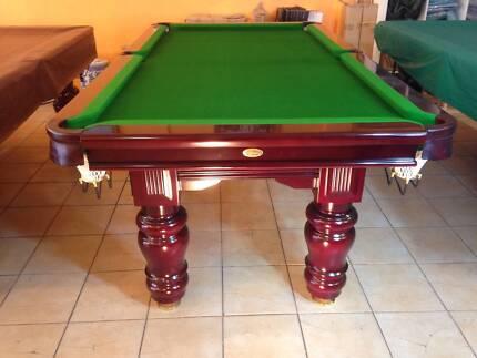 7 Ft King George Pool table
