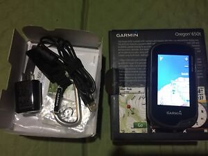 Garmin Oregon 650t 3-Inch Handheld GPS with 8MP Camera + Extras