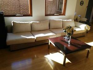 5 seater (2+2+1) sofa in excellent condition with extra cover Neutral Bay North Sydney Area Preview