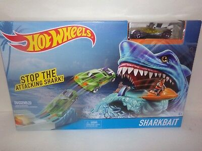 """HOT WHEELS STOP THE ATTACKING SHARK """"SHARKBAIT"""" PLAY SET! REALLY SWEET AND COOL!"""