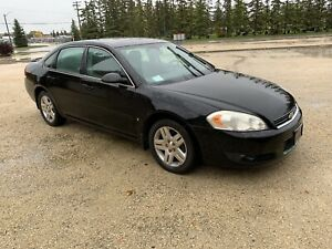 2006 Chevy impala ltz runs good needs work $700 firm