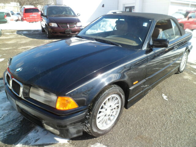1997 bmw 3 series 328i coupe convertble 6cylinder w airconditioning used bmw 328i for. Black Bedroom Furniture Sets. Home Design Ideas