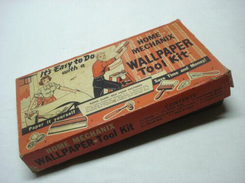 VINTAGE HOME MECHANIX WALLPAPER TOOL KIT IN ORIGINAL BOX (BRUSH, SCRAPER, ETC)