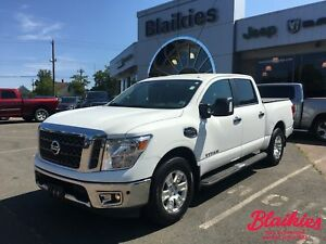2017 Nissan Titan SV | ONE OWNER | HEATED SEATS | NAV |