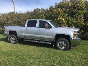 2017 Chevy crew cab 3/4 truck