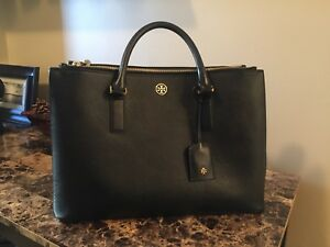 Authentic Tory Burch Robinson Purse