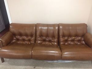 Couch aet