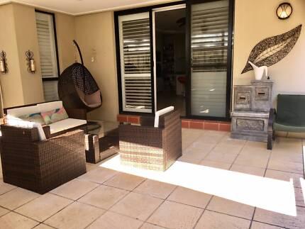 Room for rent ALL BILLS INCLUDED - Modern Home-Bella Vista
