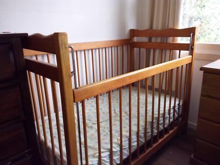 Cot with sliding side and castors plus mattress