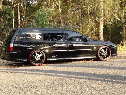 VY SS WAGZ V8 6 SPD MAN BLACK RED LEATHER SWAP DAMAGED   Morisset Lake Macquarie Area Preview