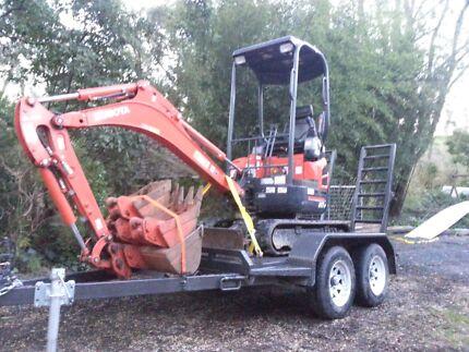Mini excavator hire $180 perday  Cockatoo Cardinia Area Preview