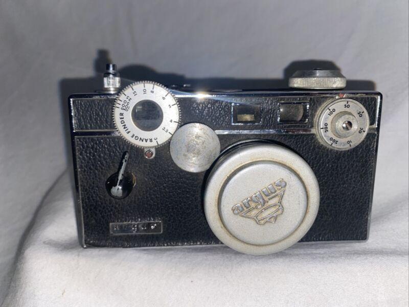Argus C3 Brick 35mm Rangefinder Film Camera Untested Made In USA Vtg