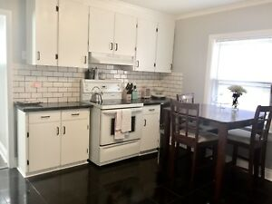 Bright 1 Bedroom + Den 1550 All-Inclusive Available asap