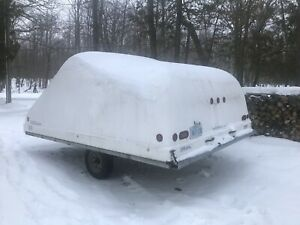 2004 hyland model 144 , 12 feet long enclosed snowmobile trailer