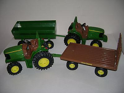 Lot of 4 JOHN DEERE DIACAST 2 TRACTOR 2 WAGON HAY FARM VEHICLES