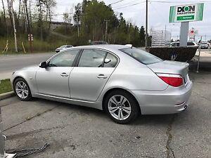 BMW  528i  2010 à vendre